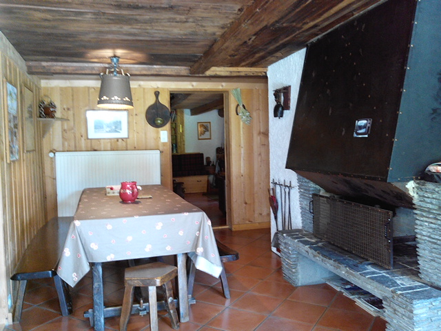 St Gervais ski farm fireplace